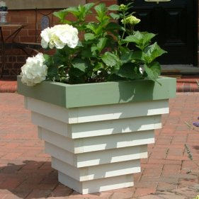 bloxham wooden garden planter