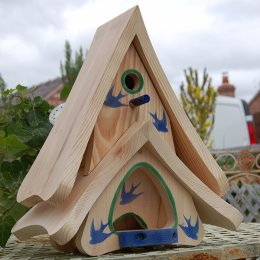Unusual and pretty nest box and hopper feeder