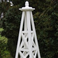 Grand-Wooden-Garden-Obelisk-for-slider